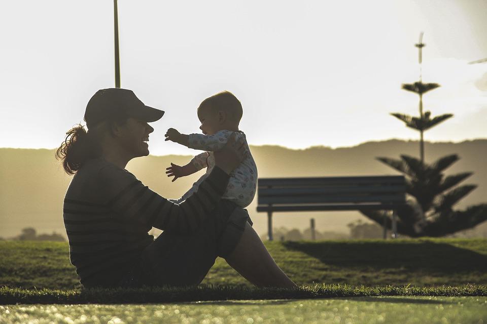 Все, что нужно знать о синдроме второго ребенка