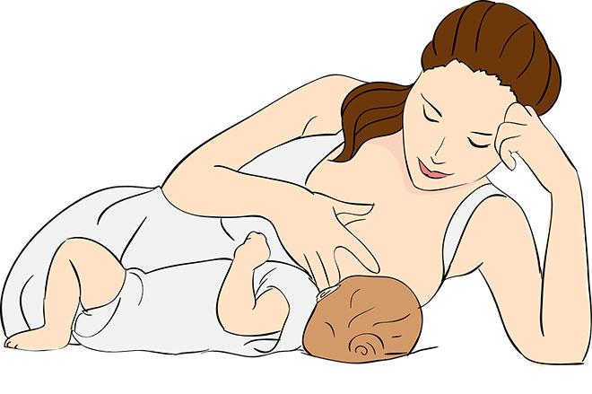 До скольки кормить ребенка грудным молоком?
