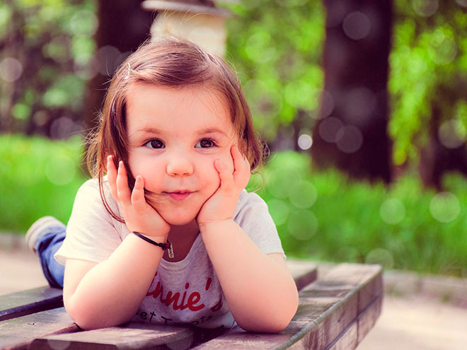 10 хороших манер, которым стоит научить малыша