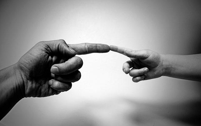 Как научить ребёнка различать право и лево: три подсказки
